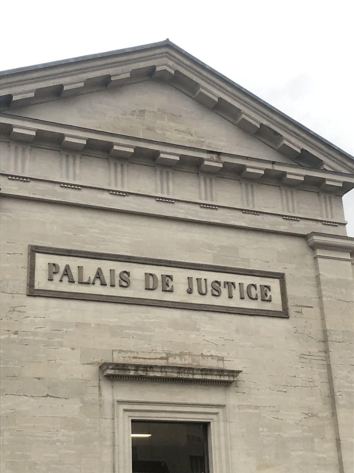 tribunal de Lons le Saunier