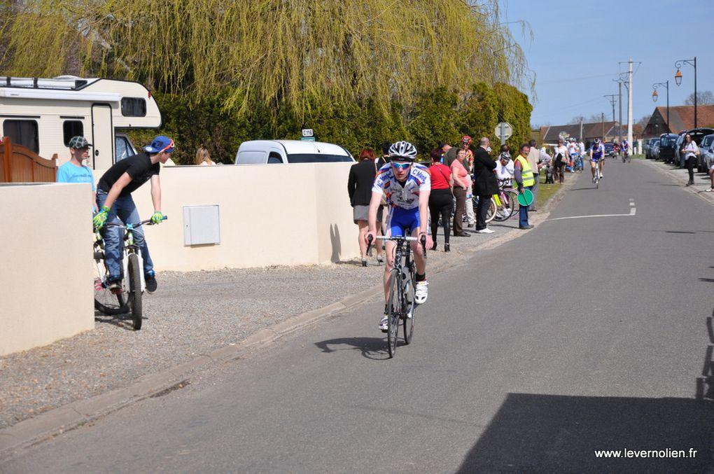Course UFOLPEP à Mandres le 14 avril 2013 1ère et 2ème Cat.