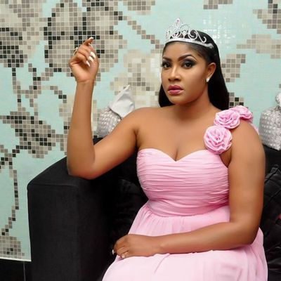 """You Have No Morals!"" Gambian Lady Calls Angela Okorie Names Over Gambian Tour"