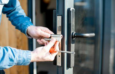 Ways A Locksmith Can Assist You