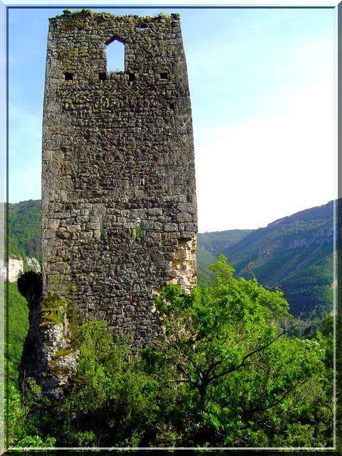 Diaporama beffroi et château à Millau