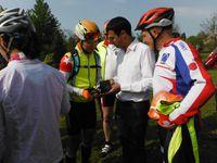 Les cyclos Chinois sont passés à Plémet