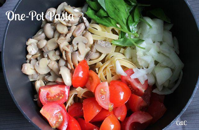 One-pot pasta Tagliatelles tomates et champignons