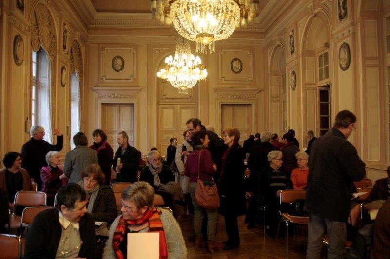 Voici les photos de la journée du 22 février 2014. De nombreux adhérents et demandeurs d'asile sont venus assister à notre assemblée générale qui avait lieu dans le salon d'honneur de la mairie de Metz.