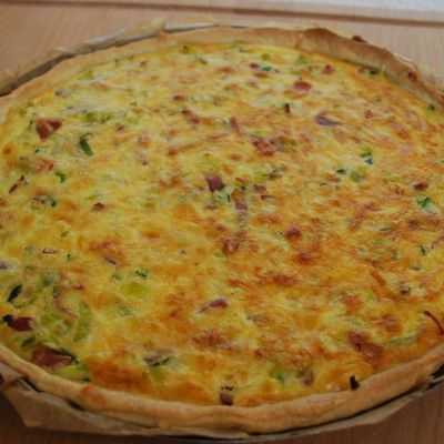 Quiche aux lardons (Quiche with bacon)