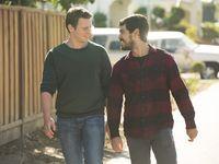 Jonathan Groff (Patrick Murray) & Raúl Castillo (Richie Donado)