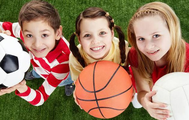 7 Reasons to Why Encourage Your Child to Play Sports