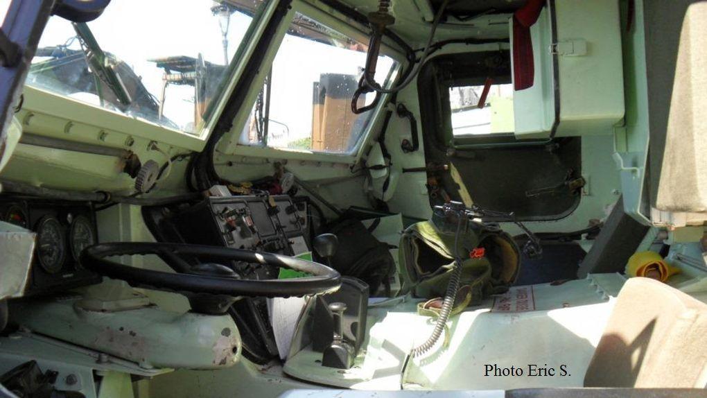 VAB SAN (Sanitaire) identifiable à son tourelle sans armement en toiture.