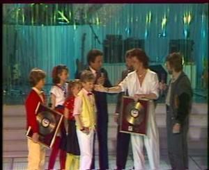 1984 : Abbacadabra : L'enfant Do et Gare Au Loup dans Champs Elysée (Antenne 2) (+vidéo)