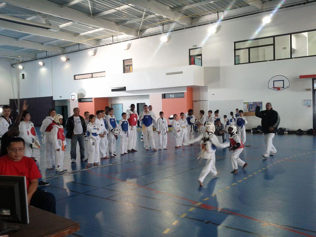 Découvrez les photos du 1er training combat de la saison 2011/2012 organisé par le STKD77 de Savigny