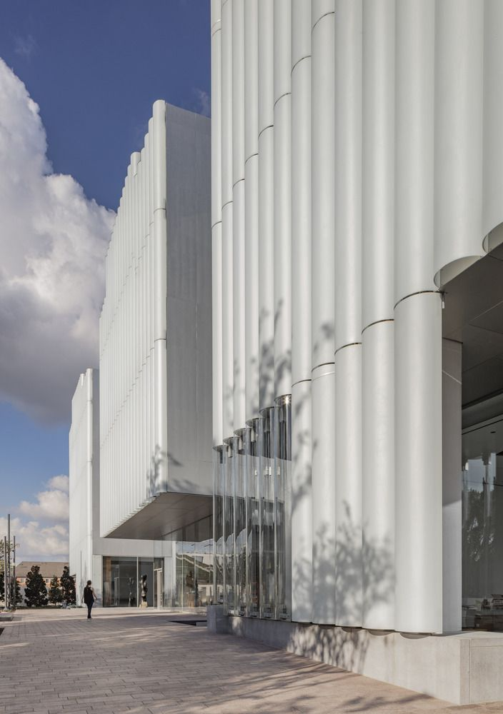 NANCY AND RICH KINDER BUILDING -THE MUSEUM OF FINE ARTS, HOUSTON OPENS TODAY