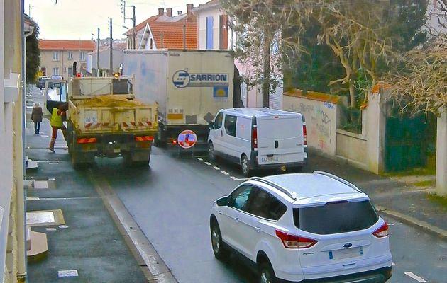 Coup de colère des usagers de la rue Eugène-Delacroix