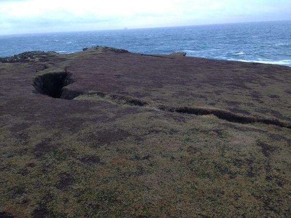 Fermeture du site de Valahnúkur suite à l'apparition d'une crevasse - images safetravel.is - un clic pour agrandir