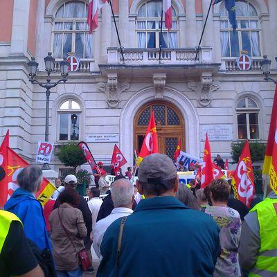 Retraites 2013 invasion de l'Hôtel de ville de la Députée Maire Bernadette Laclais