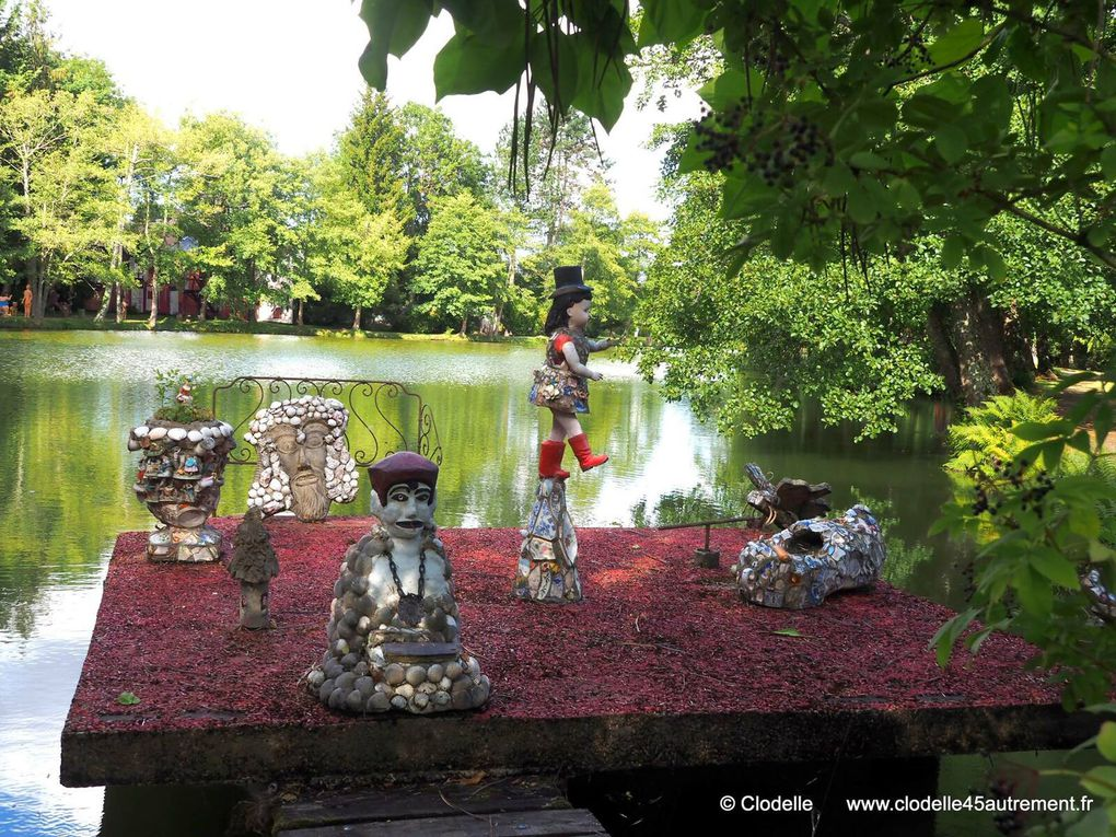 """DIAPORAMA PHOTOS : Le """"jardin habité"""" et """"le manège de Petit Pierre"""" - ©  Clodelle"""