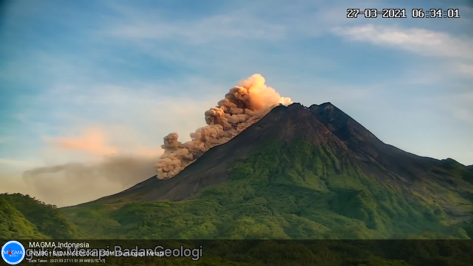 Merapi - pyroclastic flow of collapse on 03/27/2021 / 6:34 a.m. - photo PVMBG / Magma Indonesia