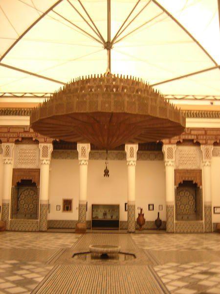Marrakech : la pace Jma El Fna, le palais Bahia, les petites rues...