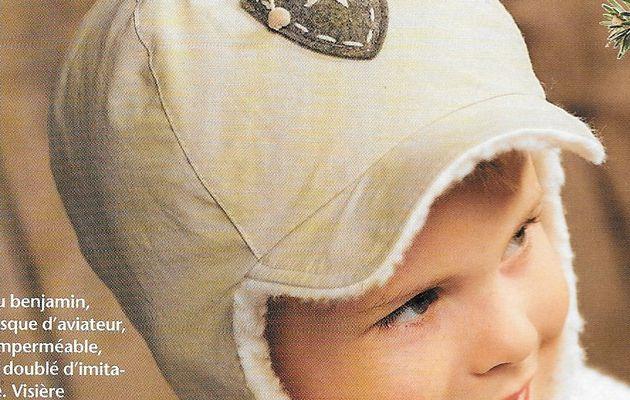 Bonnet d'aviateur et moufles pour enfants