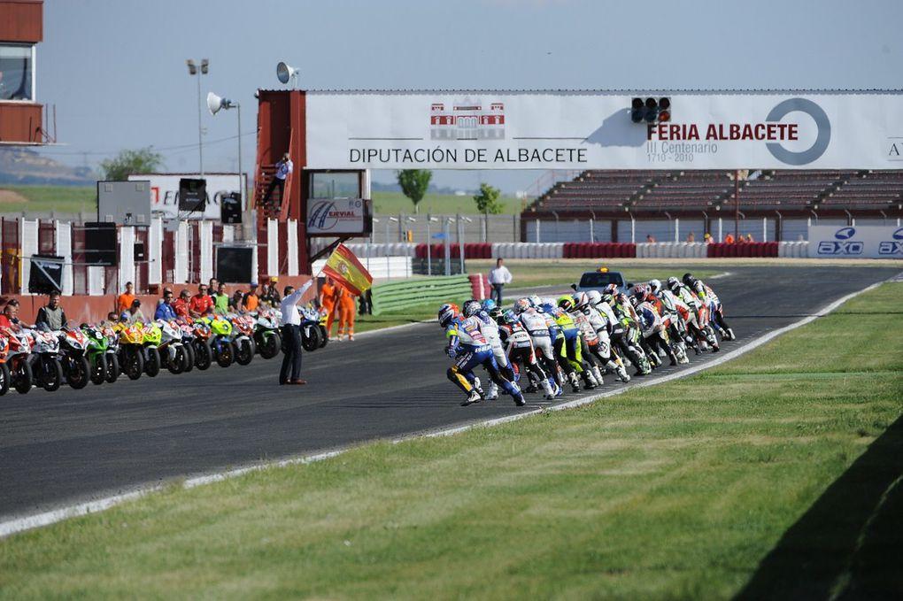Olivier Depoorter & le DG Sport à Albacete dans le cadre du championnat mondial d'endurance 2011. Photos de Jonathan Godin.