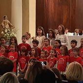 Album 18/19_mai_CP/CE1_Chorale à l'église - Ecole Notre-Dame Courthezon