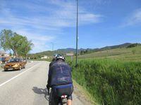 Grande route mais très peu de circulation pour atteindre Bourdeaux et montée du fameux col de la Chaudière.