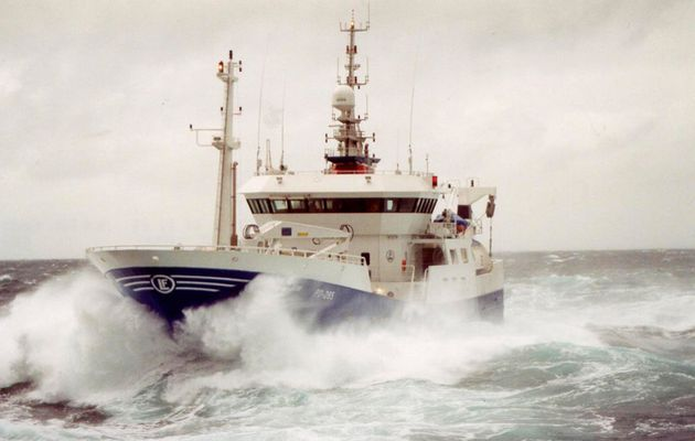 Lars Thrane Makes its Iridium Certus Debut with the LT-4200 Maritime Satcom System