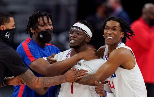 Reggie Jackson offre une septième victoire d'affilée aux Clippers, le duo Westbrook-Beal fait un nouveau victime