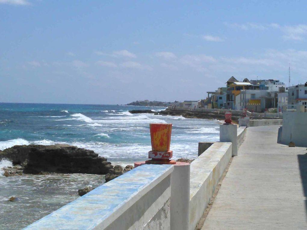 Côte au vent : les magnifiques couleurs de la mer des Caraibes , loin de la foule