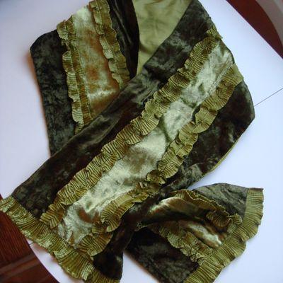 Magnifique écharpe marron, Fronces Vertes - Très Douce