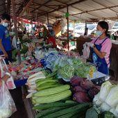 Vu au marché (la série) - 2021 - Noy et Gilbert en Thaïlande