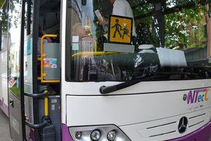 Gard : des enfants de 6 et 7 ans verbalisés dans le bus scolaire