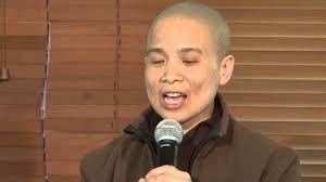 Enseignement soeur Dinh Nghiem et frère Phap Lieu