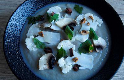 Soupe de topinambour, chou fleur et champignon