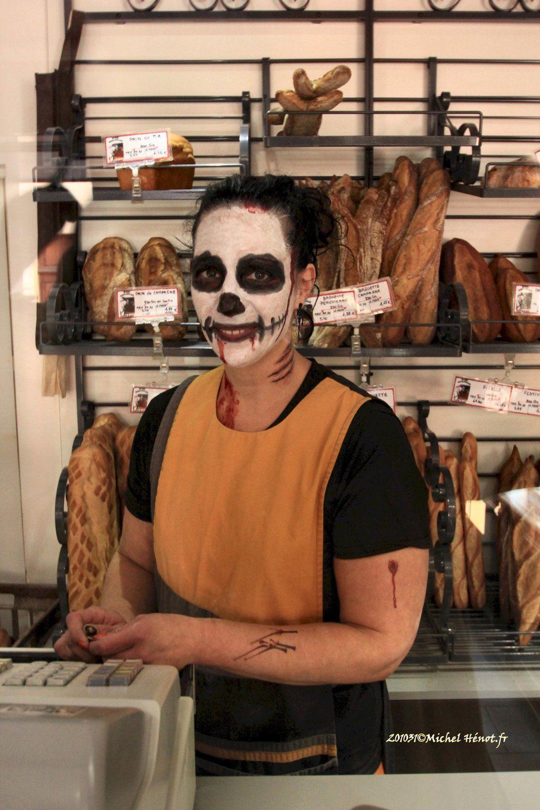 En allant chercher mon pain, j'ai rencontré Halloween !