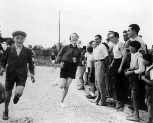 UNE COURSE À PIED EN 1937