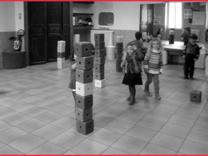 Verticalité en cubes    (TPS et PS)