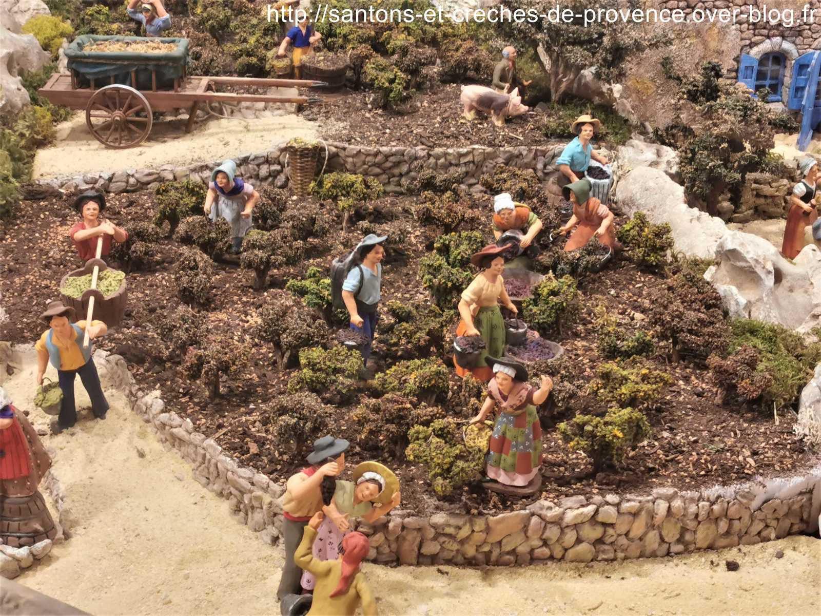 Les Saintes Maries de la Mer, la crèche 2019 d'Arlette Bertello