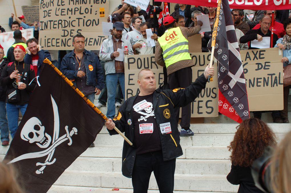 Photos T. Perucha (cgt Philips) manif contre les licenciements boursiers