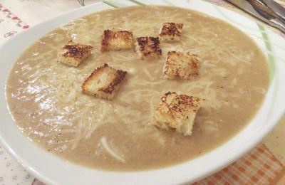 Soupe à l'oignon au thermomix ou cook expert magimix