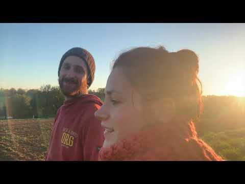 Un couple de jeunes paysans en Limousin qui rêvent d'un avenir pour notre terre