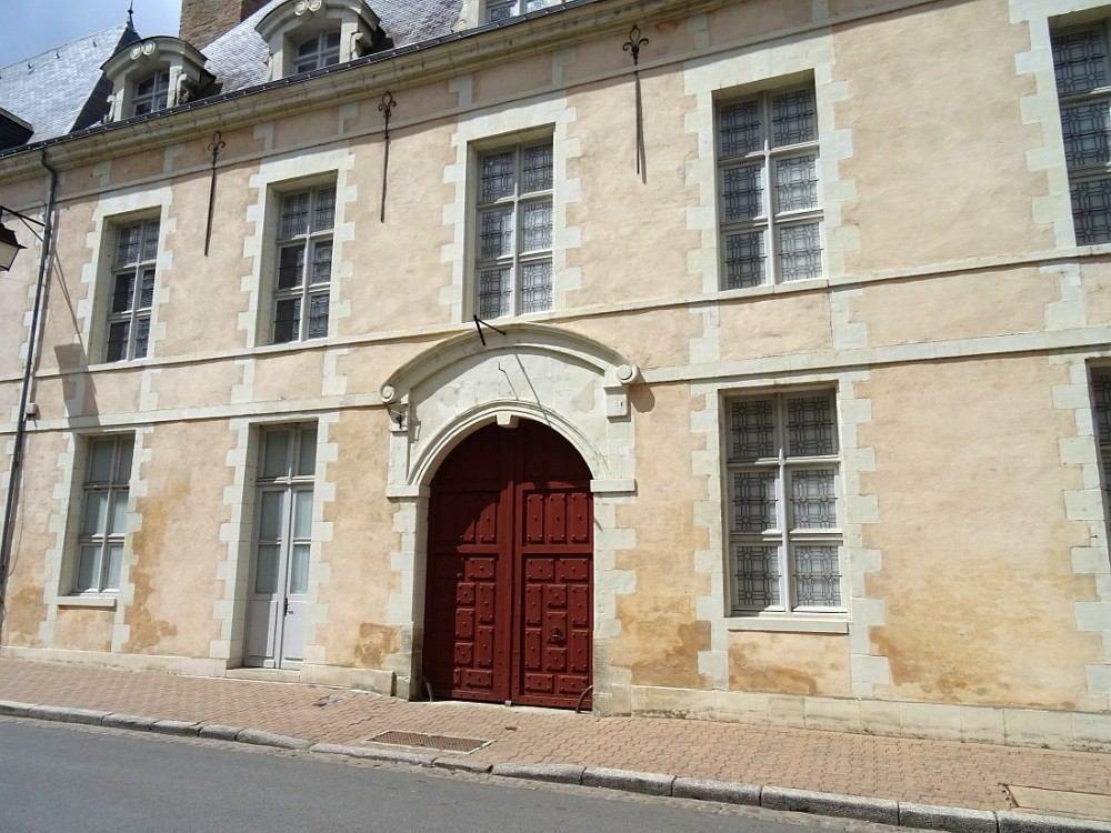 Exemple unique en France d'urbanisme du XVIIème siècle.