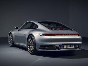 Automobile : Les premières photos de la nouvelle Porsche 911 (2019)