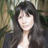 """Juliette Bouchet : """"Je suis une adoratrice des mots, crus ou cuits et les expressions fleuries sont pour moi de véritables trésors"""" -"""