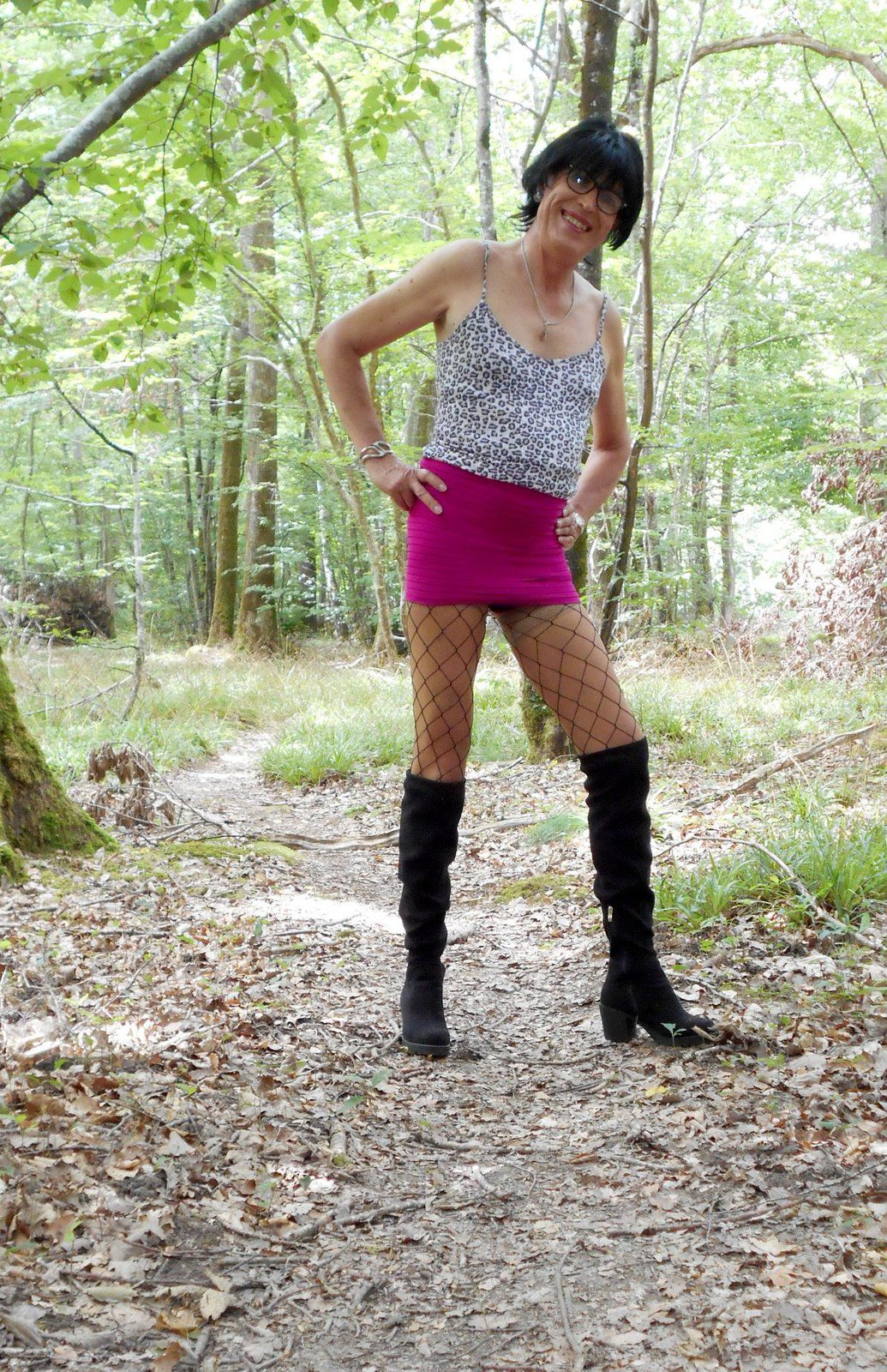 MYRYAM PUTE TRAVESTI DE NEVERS