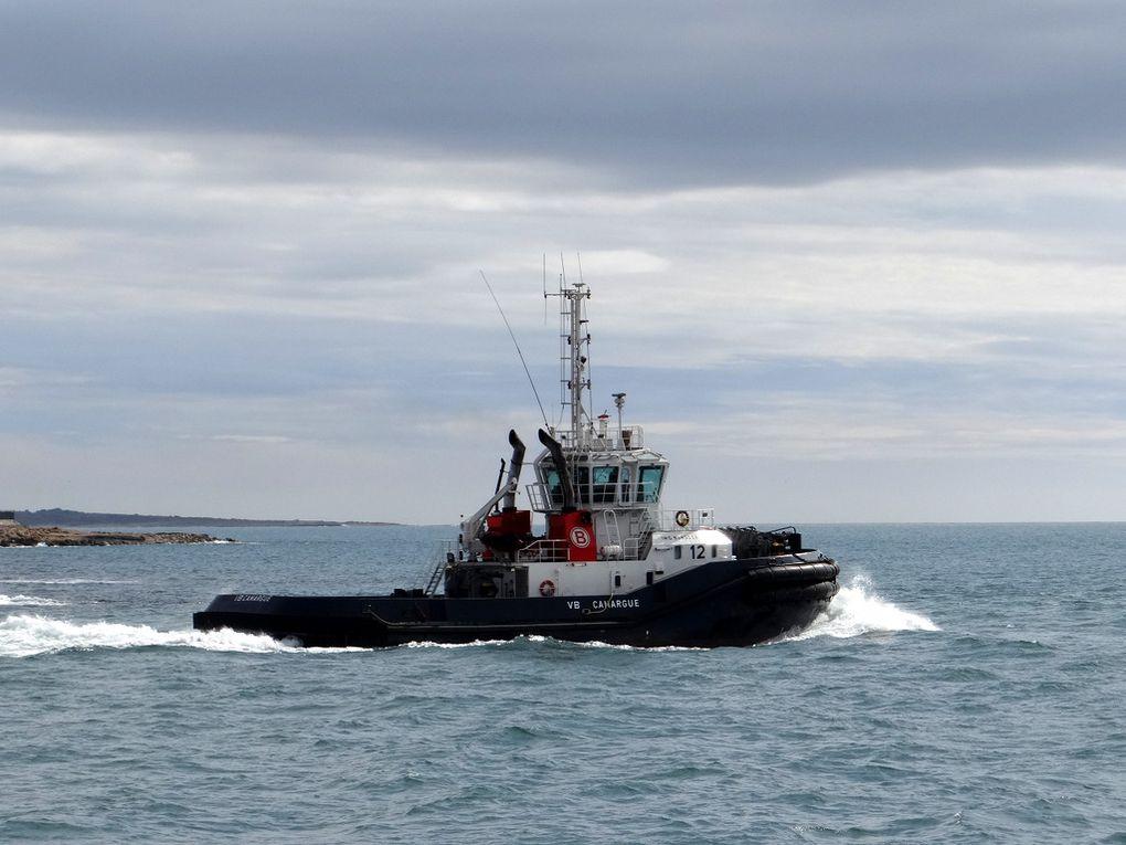 VB CAMARGUE , en sortie de la rade de port de Bouc pour le golfe de Fos Sur Mer le 02 mars 2016