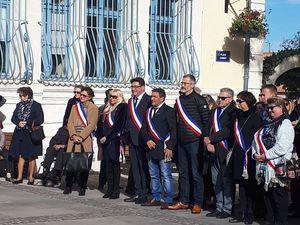 Remise de diplôme Journée Défense Cotoyenneté à un jeune pérolien.