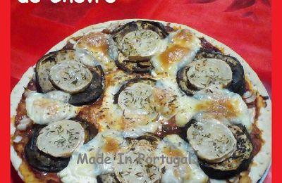 Pizza aux Aubergines Grillées et Fromage de Chèvre