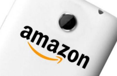 Amazon : un smartphone 3D ? Amazon is definitely preparing to release a smartphone with 3D capabilities