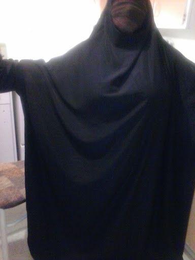 Voici des nouveaux jilbabs. Nos prix sont : 30$ +votre tissus ou 20$ si vous apportez votre tissus. Selon...