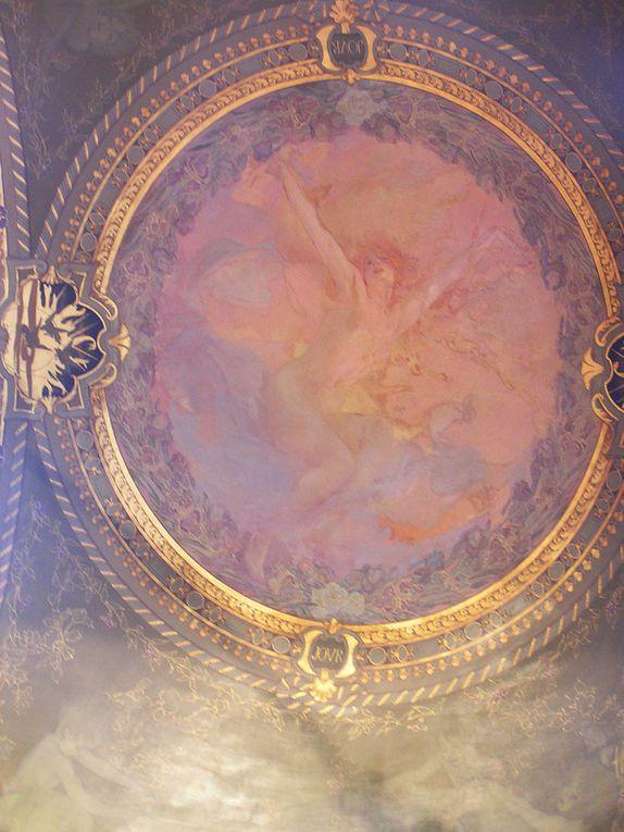 Une journée de patrimoine à Paris. Chantal et moi, nous sommes allées au Hôtel de ville de Paris.